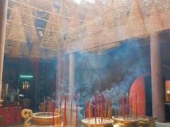 in-einem-buddhistischen-tempel-2