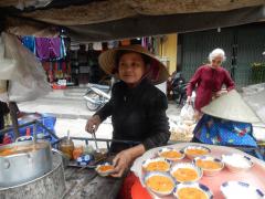 leckere-speisen-am-markt-in-hoi-an