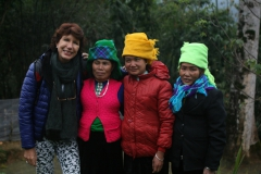 marion-mit-hmong-frauen