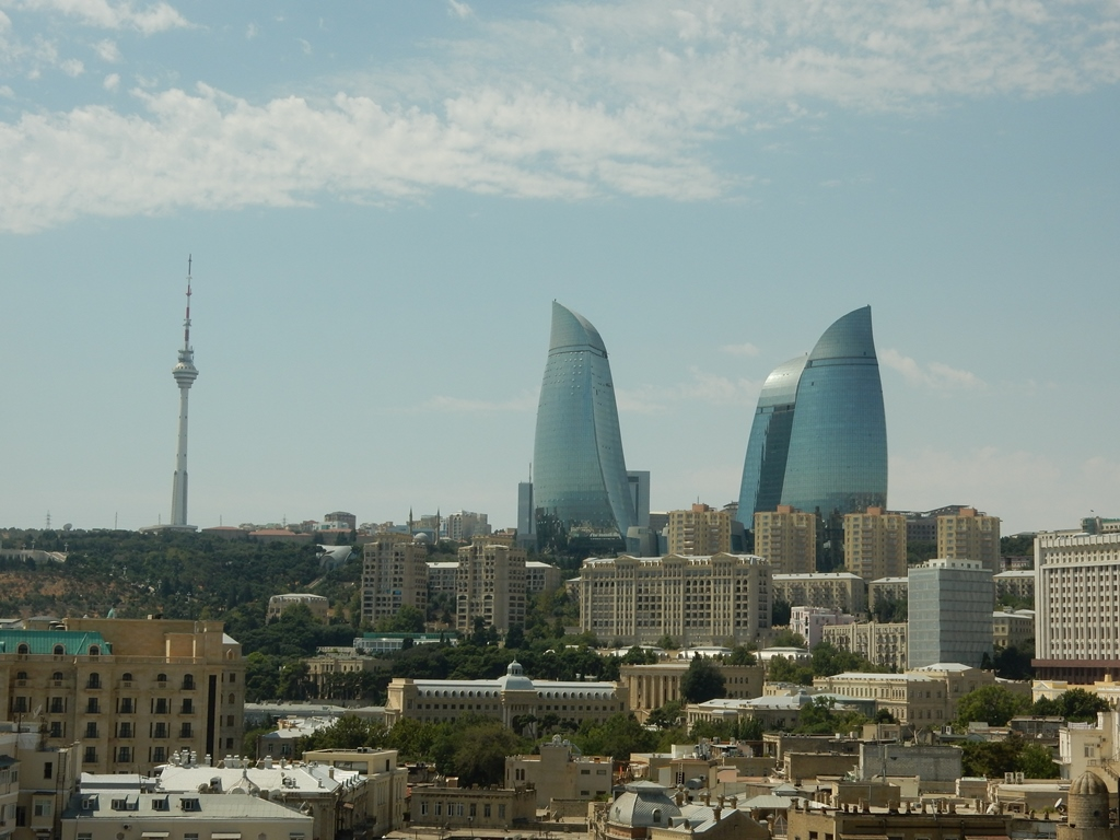 baku-flame-towers-2