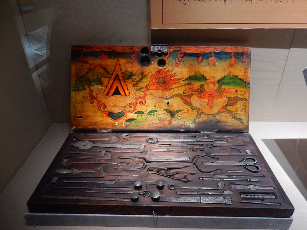 urumchi-museum-tibetische-op-werkzeuge