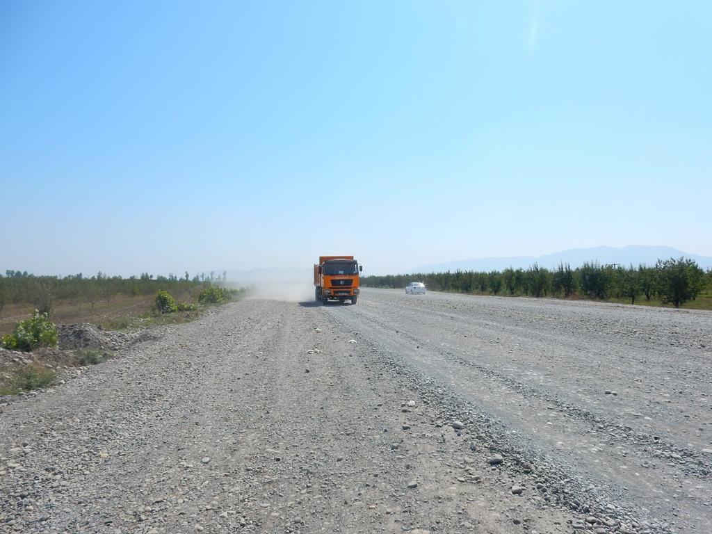 die-lange-strasse-nach-kirgistan
