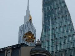 batumi-skyline-wolkenkrazer-mit-riesenrad