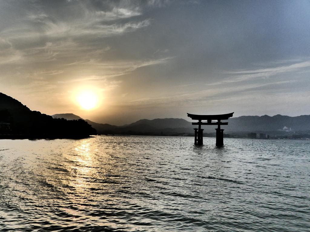 der-itsukushima-shrein-2