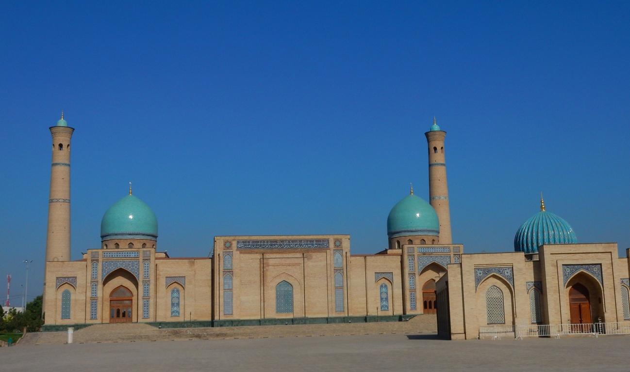 taschkent-karavansarai-und-mosche-2