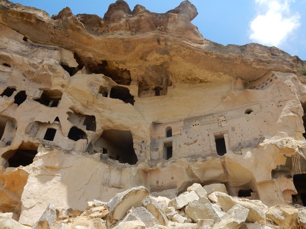 Cavusin ehem. bewohnter Felsen 1