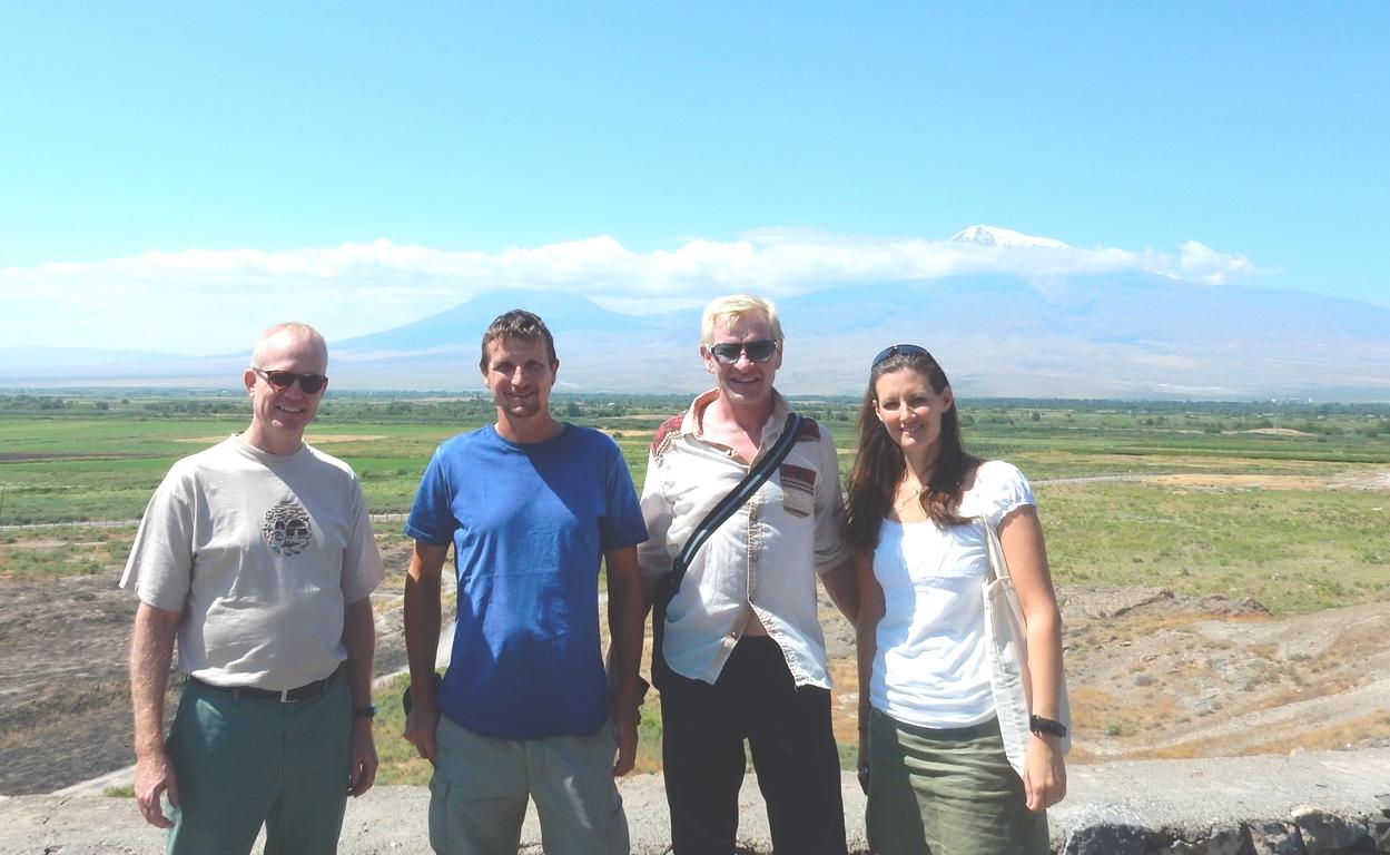 Der Ararat und wir mit Hans und Loreen von World Vision