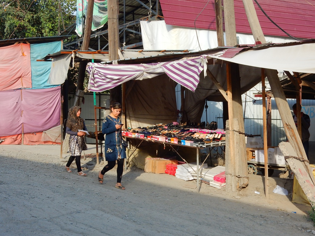 Osh Market 2