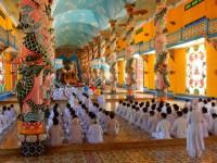 Cao Dai Kirche 2