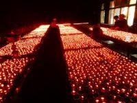 Tausende von Kerzen